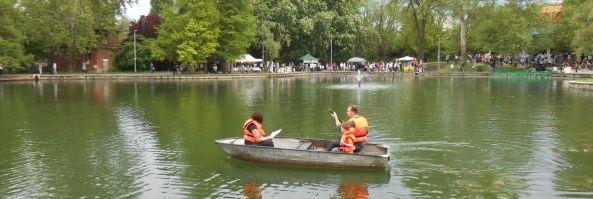 Csónakázás a Szamárfül Fesztivál keretében