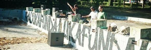 Új zenéket töltöttek a volt fürdőbe a művészek (Bama.hu)